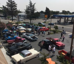 Federated member Vaca Valley Auto Parts recently held a customer appreciation barbeque/car show at its location in Fairfield, California. Over 500 people attended the event.